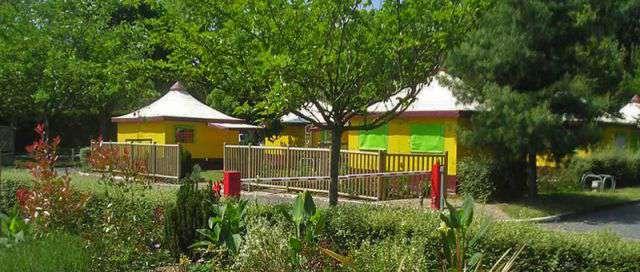 Camping le jardin de sully in saint p re sur loire for Camping le jardin de sully