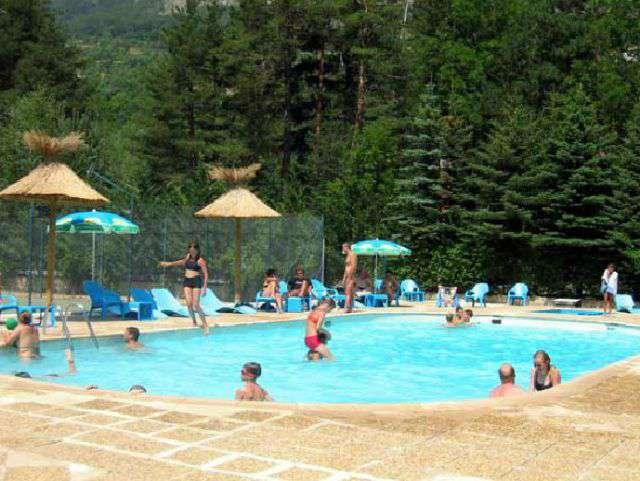 Camping le haut verdon in villars colmars for Camping verdon piscine